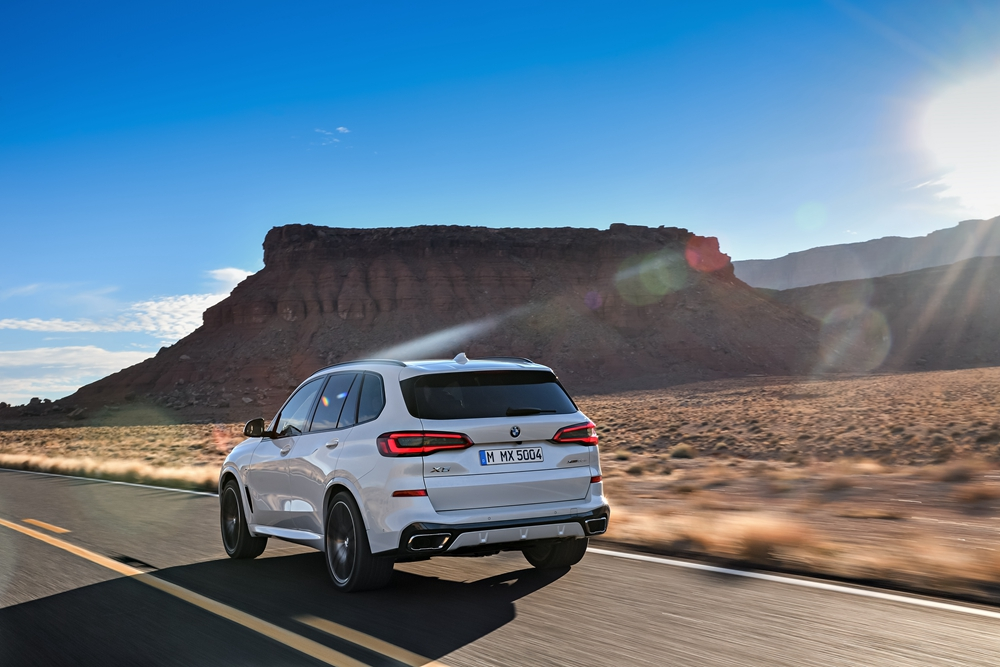 P90303992_highRes_the-all-new-bmw-x5-0.jpg