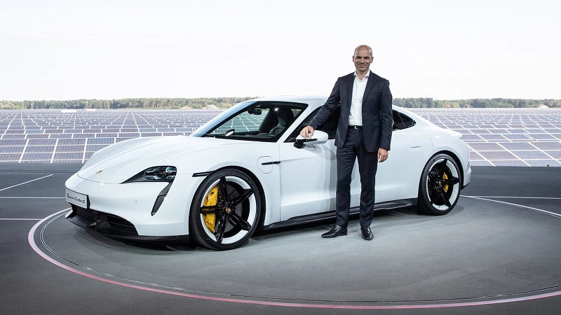 porsche-vp-of-chassis-development-joins-apple-following-fantastic-headhunting-155552_1.jpg